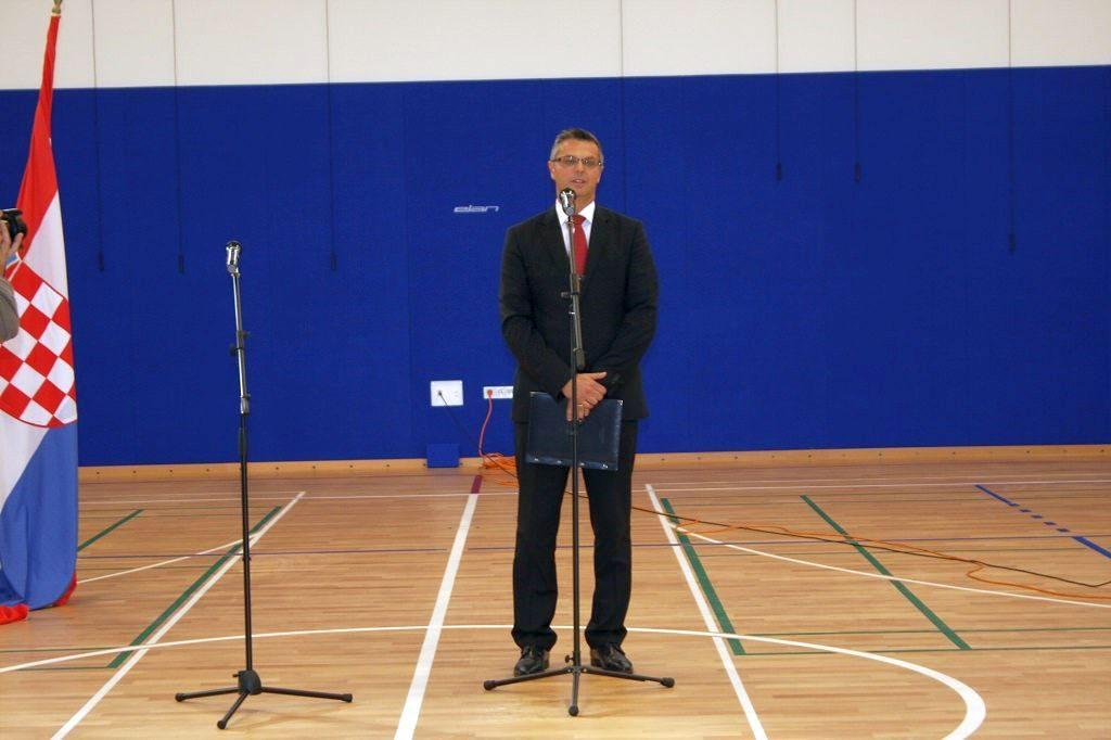 Osnovna škola u Ivanovcu dobila školsku sportsku dvoranu